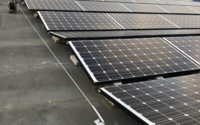 Sikkerhet i høyden med wiresystem hos Ålesund kommune tak med solpaneler